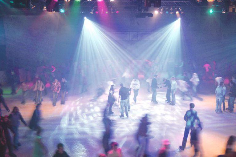 Eistreff-Disco-1063x709-2_front_large